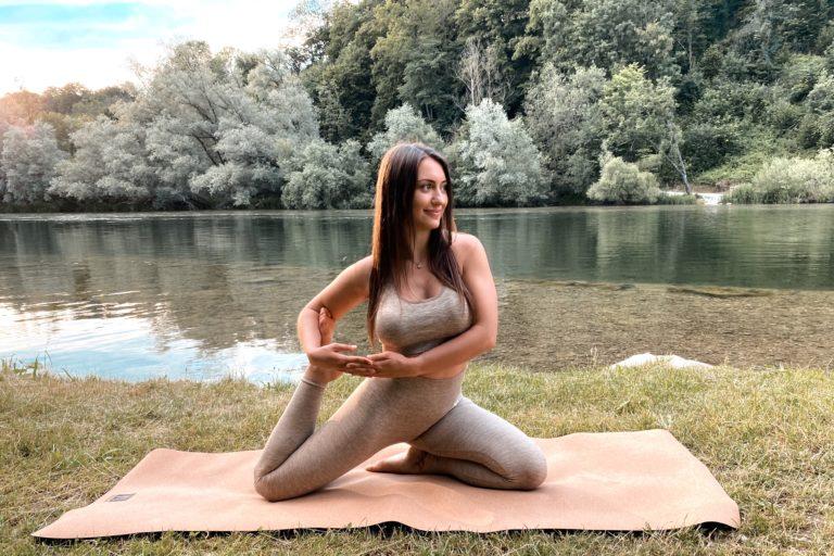 Yogakurs von Yogamonie | Mona Hüthmair